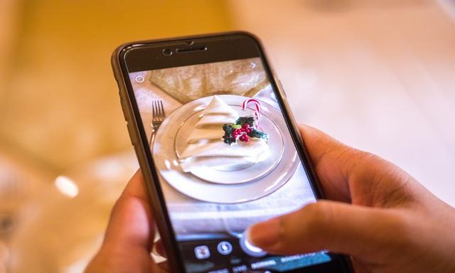 Comment mettre deux photos côte à côte sur un appareil Android
