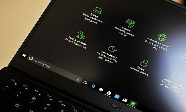 Enable-windows-10hidden-dark-theme