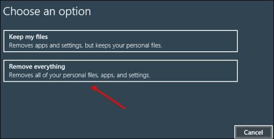 Sélectionnez Conserver mes fichiers ouTout supprimer.