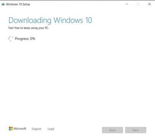 télécharge et prépare la clé USB pour installer Windows 10.